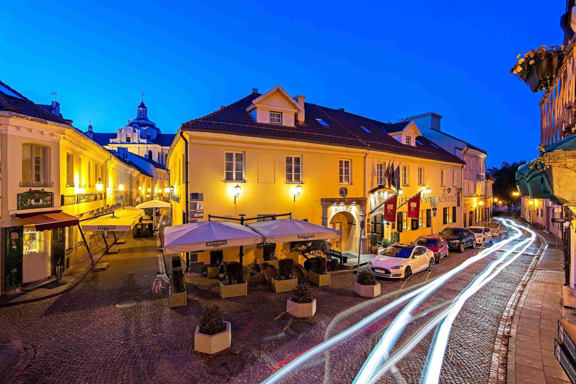 Stikliai Hotel, Vilniaus