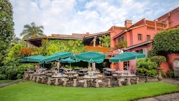 Las Mananitas Hotel Garden Restaurant and Spa