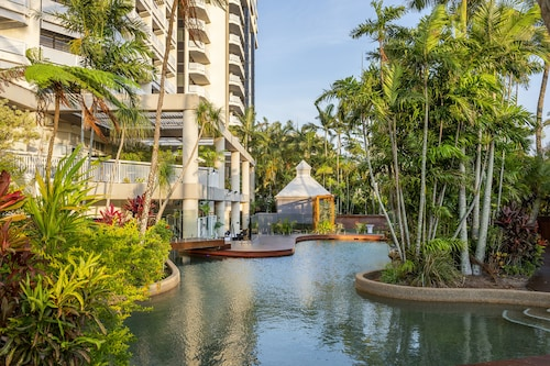__{offers.Best_flights}__ Rydges Esplanade Resort Cairns
