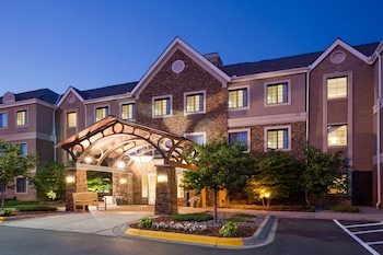 Hotel - Staybridge Suites MPLS-Maple Grove/Arbor Lakes