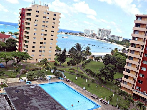 Turtle Beach Towers Condominiums,