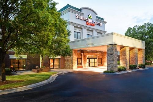. SpringHill Suites by Marriott Atlanta Kennesaw