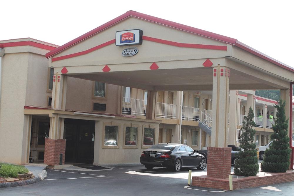 페어브리지 인 & 스위트 맥도노프, 조지아(FairBridge Inn & Suites McDonough,GA) Hotel Image 12 - Street View