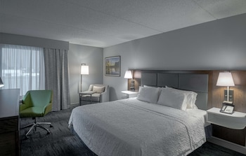 Room, 1 King Bed, Accessible, Kitchenette
