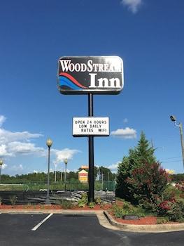 Hotel - Woodstream Inn