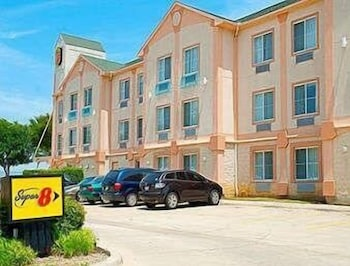 Hotel - Super 8 by Wyndham Irving/DFW Apt/North