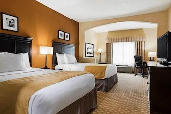 Guestroom at Country Inn & Suites by Radisson, Savannah Gateway, GA in Savannah