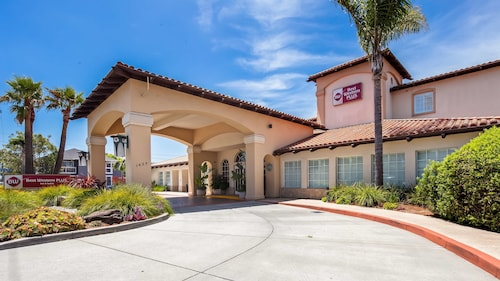 . Best Western Plus Capitola By-the-sea Inn & Suites