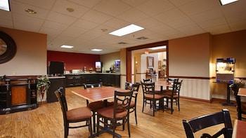 Best Western Plus Georgetown Corporate Center Hotel - Breakfast Area  - #0