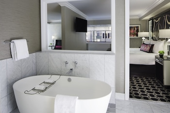 Suite, 1 King Bed (SPA)