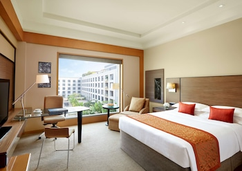 Room, 1 King Bed, Courtyard View