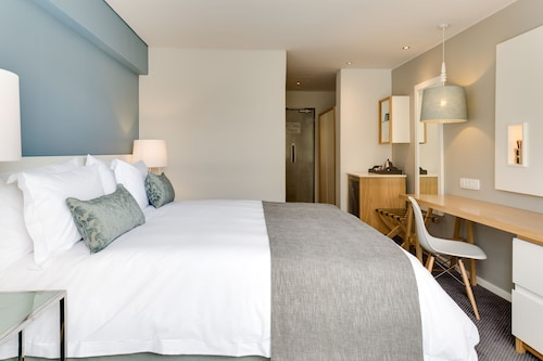 Protea Hotel by Marriott Cape Town Sea Point, City of Cape Town