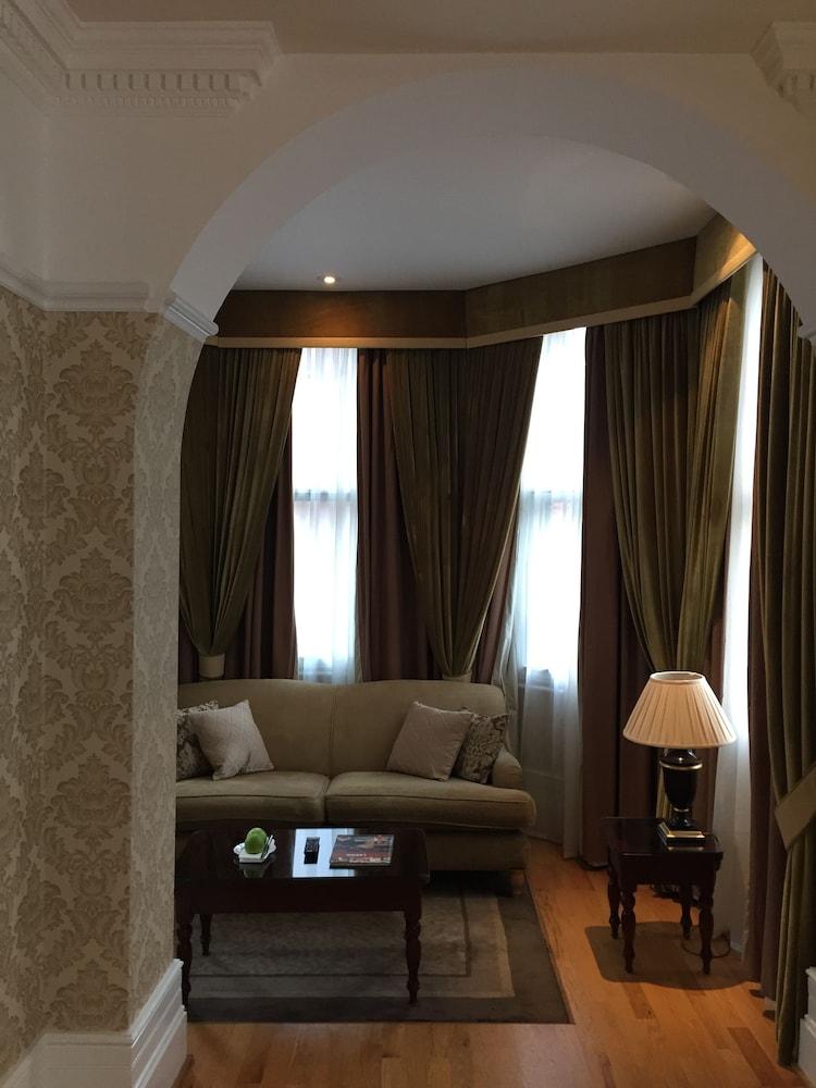 퀘벡스(Quebecs) Hotel Image 15 - Guestroom