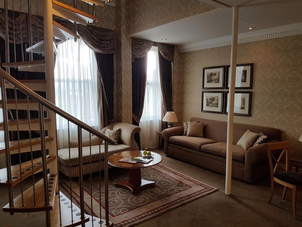 퀘벡스(Quebecs) Hotel Image 75 - Living Area