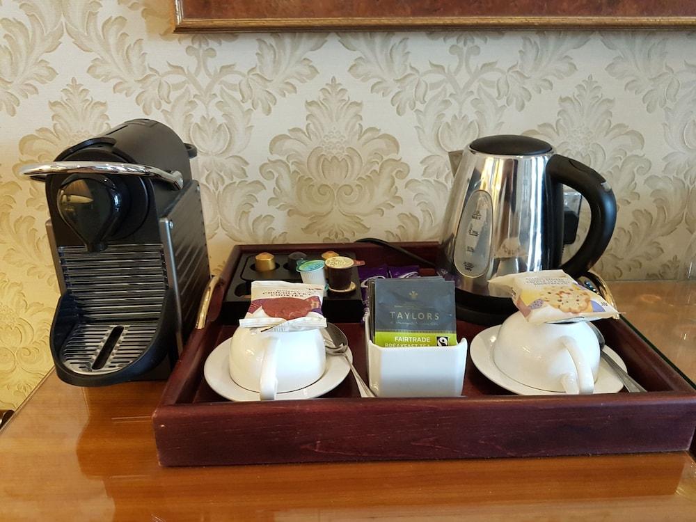 퀘벡스(Quebecs) Hotel Image 47 - In-Room Coffee