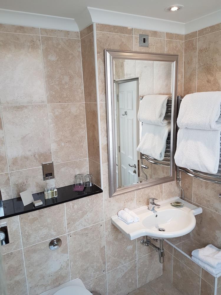 퀘벡스(Quebecs) Hotel Image 58 - Bathroom Sink