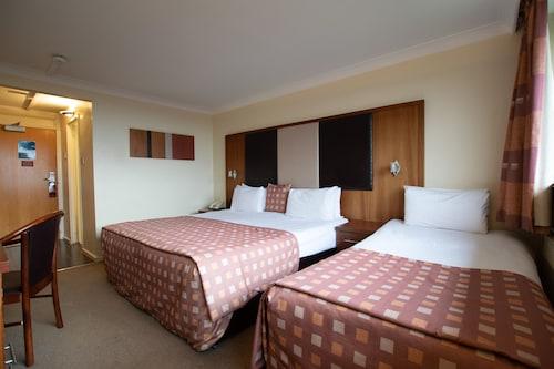 . Muthu Glasgow River Hotel