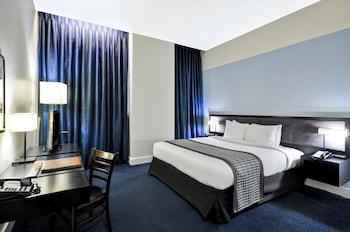 Luxury Room, 1 Queen Bed