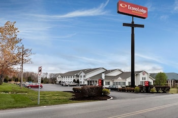 Hotel - Econo Lodge Inn And Suites Dickson