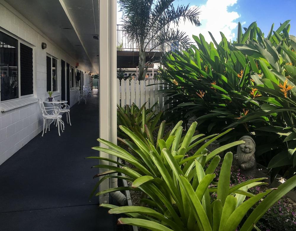 케언스 뉴 살롱(Cairns New Chalon) Hotel Image 51 - Hallway