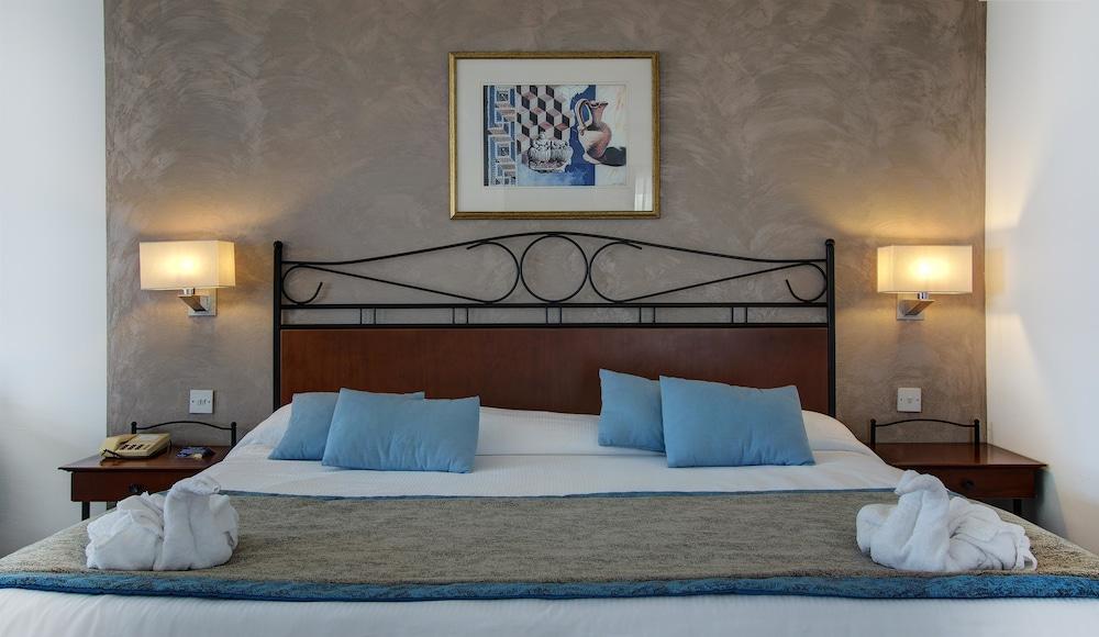 골든 튤립 비발디 호텔
