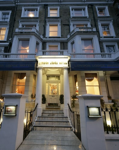 . London Lodge Hotel