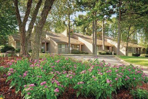 . Club Wyndham Resort at Fairfield Bay
