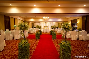 Waterfront Airport Hotel Cebu Banquet Hall