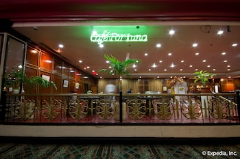 Waterfront Airport Hotel Cebu Restaurant