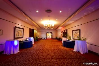 Waterfront Airport Hotel Cebu Ballroom