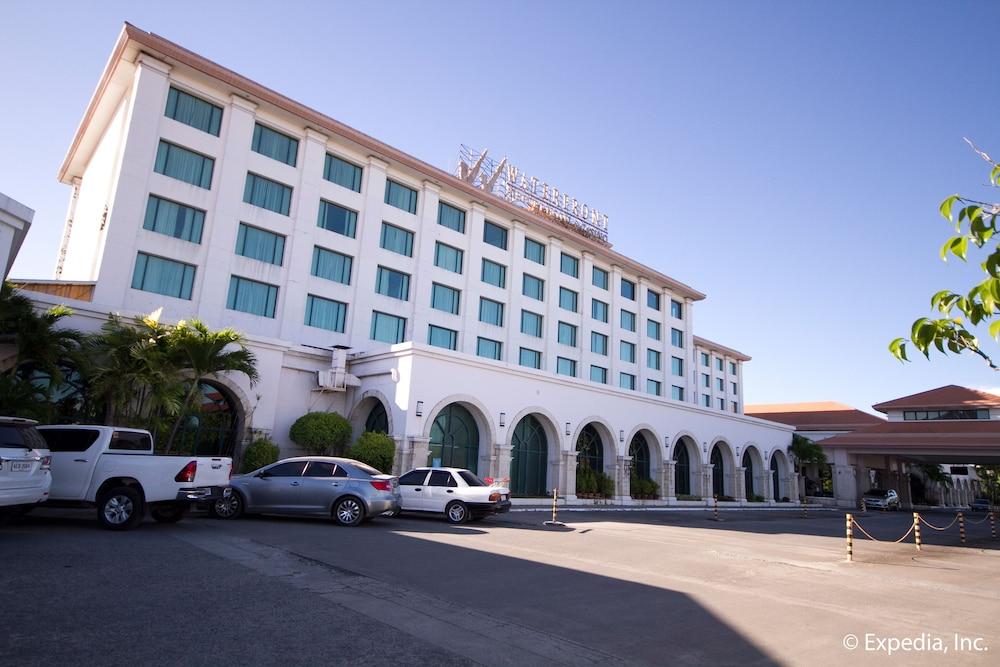 水藍城機場賭場飯店
