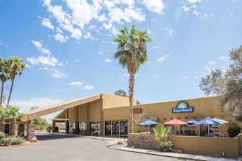 Hotel - Days Hotel by Wyndham Peoria Glendale Area