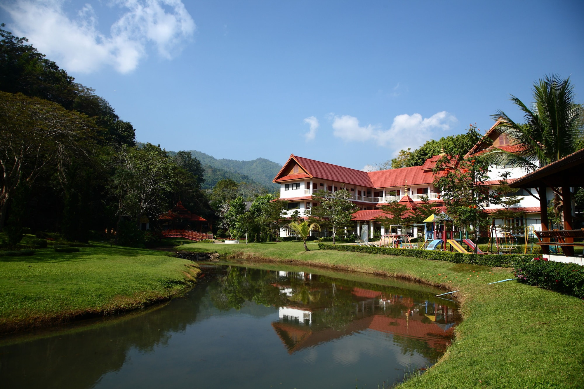 Suan Bua Hotel & Resort, Hang Dong