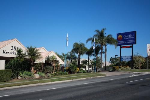 __{offers.Best_flights}__ Comfort Inn & Suites Robertson Gardens
