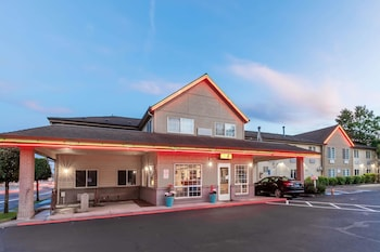 Hotel - Super 8 by Wyndham Gresham/Portland Area OR