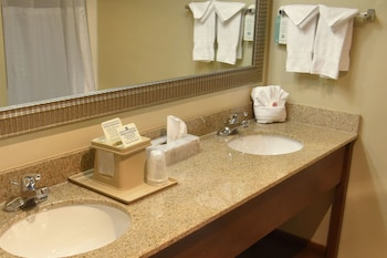Comfort Suites Linn County - Bathroom  - #0
