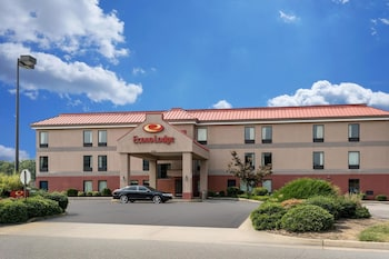 Hotel - Econo Lodge near Fort Lee at I-295