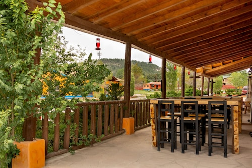 . Villa Mexicana Creel Mountain Lodge