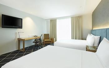 Family Room, 2 Queen Beds