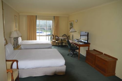 Rowville International Hotel, Knox - South