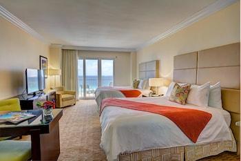 Ocean Front w/Balcony 2 Double Beds