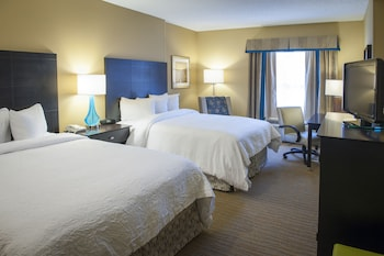 Standard Room, 2 Queen Beds, Terrace