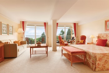 Deluxe Room, 1 King Bed, Balcony, View