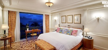 Guestroom at Palazzo Versace in Main Beach