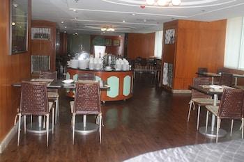 Pearl Manila Hotel Dining