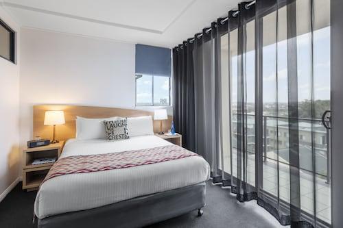 Waldorf Parramatta Apartment Hotel, Parramatta  - Inner