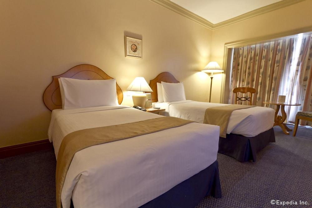 ウォーターフロント セブ シティ ホテル & カジノ