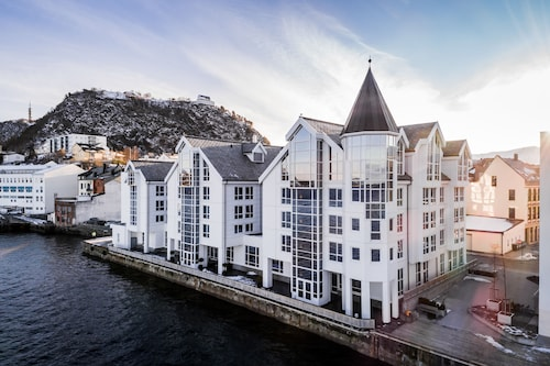 Aalesund - Quality Hotel Ålesund - z Gdańska, 2 kwietnia 2021, 3 noce