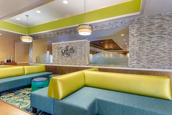 奧蘭多環球影城度假村 - 會議中心附近凱富套房飯店 Comfort Inn & Suites Near Universal Orlando Resort-Convention Ctr
