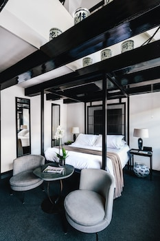 Dubleks (room)